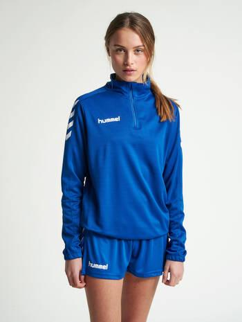 CORE HALF ZIP SWEAT WOMAN, TRUE BLUE, model