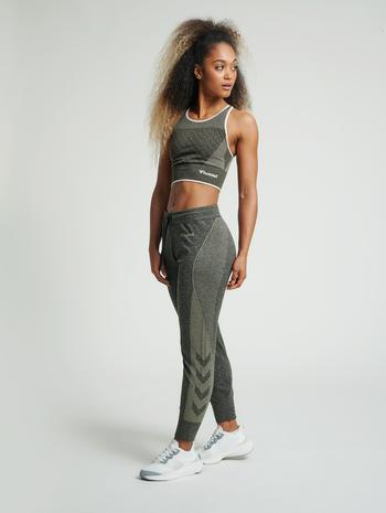 hmlHANA SEAMLESS TAPERED PANTS, VETIVER MELANGE, model