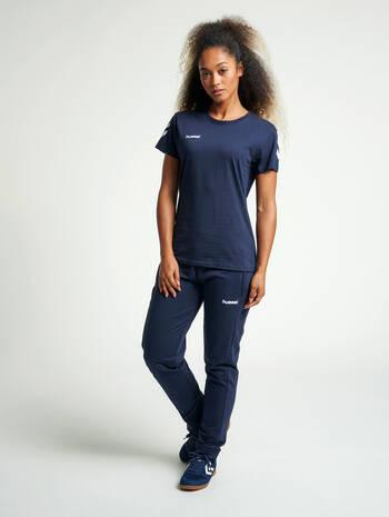 HUMMEL GO COTTON T-SHIRT WOMAN S/S, MARINE, model