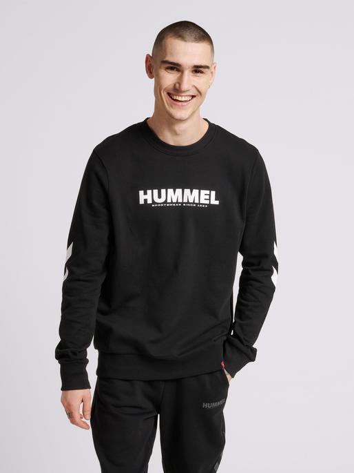 hmlLEGACY SWEATSHIRT, BLACK, model