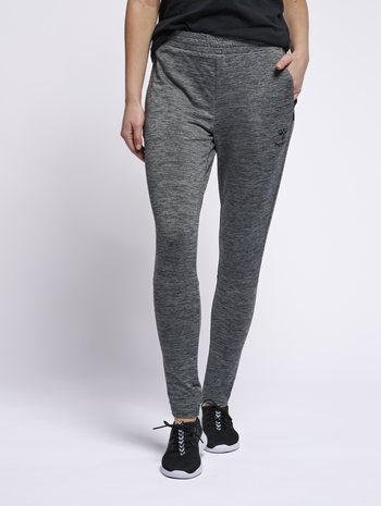 hmlSELBY TAPERED PANTS, DARK GREY MELANGE, model