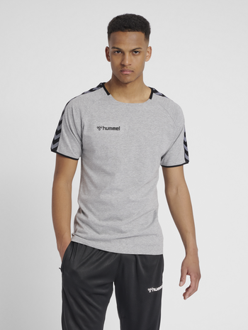 hmlAUTHENTIC TRAINING TEE, GREY MELANGE, model