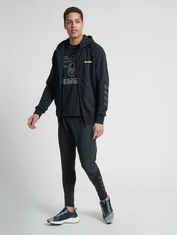 hmlISAM ZIP HOODIE, BLACK, model