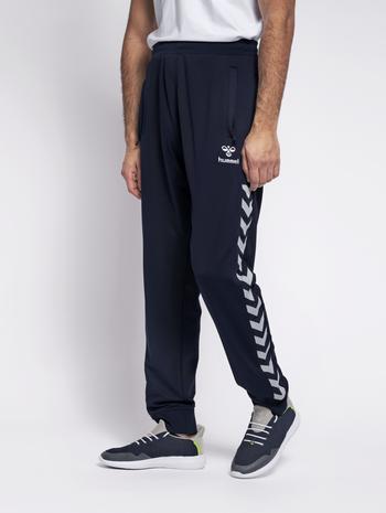 HMLNATHAN PANTS, BLACK IRIS, model