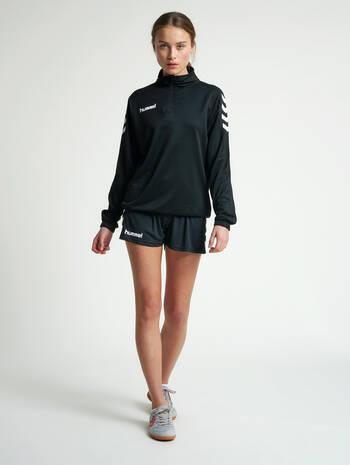 CORE HALF ZIP SWEAT WOMAN, BLACK, model